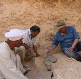 Zahi Hawass Announces a Unique Discovery in the Valley of the Kings
